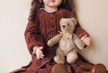 doll with little friends