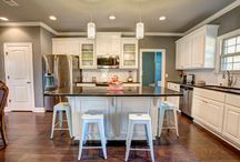 Kitchens / Kitchens built for your lifestyle