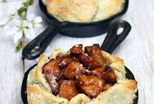 Recipes - Pies/Cobbler / by Mock Griffin