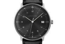 Minimalist watches / A fine time for simplicity.