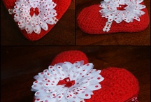 DIY - Hearts / Hearts are so beautiful for motives in DIY... Just love them !! / by Elin Skjåvik