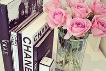 Decoração Livros / Livros arrumadinhos. Inspire-se! http://www.tudoit.net / Instagram: @tudoitoficial / Facebook: https://www.facebook.com/lojatudoit