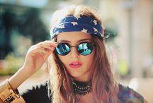 Round Glasses - Fashion / Inspiração Fashion:   http://www.todacharmosa.com/2016/02/oculos-redondo-inspiracao-fashion.html  #sunglasses #fashion #blog #todacharmosa #Round #Glasses #blogger