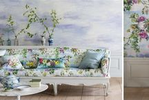 Designers Guild, Ralph Lauren Wallpaper Collections / Explore the wallpaper range from Designers Guild and Ralph Lauren. Ontdek de wandbekleding van Designers Guild en Ralph Lauren.