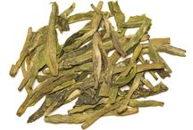 Green Tea / The soothing aroma and refreshing taste of green tea has made it the most popular drink in Asia. Green tea also offers many health benefits because of its antioxidant. Green tea is thought to help prevent heart disease, to reduce the signs of aging, and to aid in weight loss.
