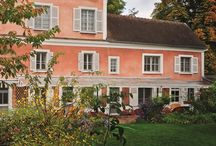 Monets Home & Garden