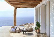 House, summer & sea / Gusto mediterraneo, aria pura, gusto di salsedine, tramonti indimenticabili.