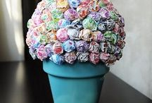 Gift ideas / by Kendra Stenlund