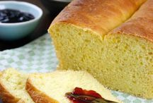 Bread, Dips & Sauces / A list of different kinds of homemade breeds as well as Dips and stuff.