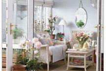 Conservatory & Greenhouse / Great ideas for the conservatory and greenhouse! / by Simone Rodrigues