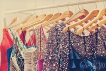 Vestidos de festa / Daqueles que nos deixam BA-BAN-DO mas são raras ocasiões que iremos usar, pra todo caso, guardamos os mais bonitos!