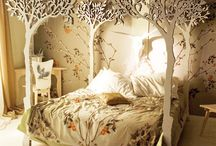 kids rooms / by Tina Igoe Parisi