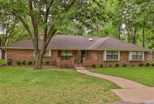 1740 East Lake, Huntsville, TX 77340 / Meticulously maintained home at ELKINS LAKE is ready for you to move into TODAY!!! Large family room, wet bar, walk- in closets, built-in bookshelves, Covered sun-lite porches, fenced yard, oversized garage with room for golf cart and workshop, Some of the updates include: new roof, painting, landscaping, SS double ovens, dishwasher, carpet, new ceiling fans, and numerous other updates. You must see to appreciate the features of this home. Houston Association of Realtors MLS # 73788004
