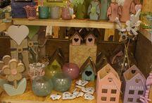 Pasen / Een bord vol met leuke ideeën voor Pasen en foto's van de paasartikelen die bij Jouw Marktkraam in de winkels liggen.