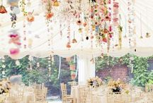 Fancy Wedding Florals / All flowers are beautiful in their own ways, but make sure your floral arrangements fit the theme and venue of your weddings.