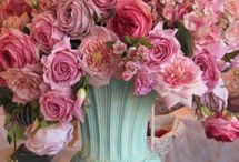 Entertaining - Centerpieces/Table Scapes/Place Settings  / Details, Details, Details / by Sacha Renner