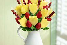 ananas fragole e lamponi