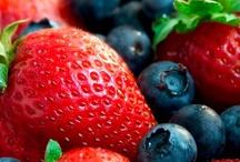 Nom nom nom / Yummy organic food and drink