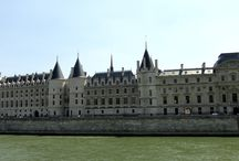 La Conciergerie / The La Conciergerie is one of the popular places to visit while in Paris, the large building that is found on the Ile de la Cite island has some great architecture but is also well known for holding Marie Antoinette captive before she had to face the guillotine.