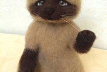 """Сиамский котик """"Привет!"""" / Сухое валяние. 21см . Продается!!!"""