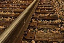 Ferrovias / Eu comecei  essa paixão devido a uma pessoa que não conheço pessoalmente, só pelo face, o  amigo Jose Luiz Araujo Neto,a você amigo silencioso,forte e corajoso a você simplesmente assim.