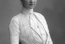 1900 women