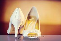 Weddings-Shoes / www.JuxtaPhotos.com 651.925.7631 www.facebook.com/JuxtaPhotos Jamie@JuxtaPhotos.com