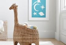 Giraffe Nursery Design / Giraffes are gentle giants and we love to see them in the nursery!  Find giraffe baby bedding and decor perfect for your little one's nursery.
