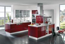 Praktikus szép konyhák.