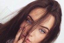 Blue Eyed Brunettes