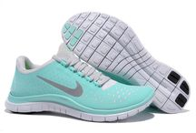 Tiffany blue nike shoes for women and men / Tiffany blue nike shoes for women and men