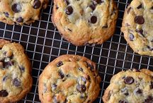 Cookie Monster / We love cookies because of their versatility. Whatever your flavor preference, there's a cookie for you!