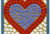 Corações de mosaico