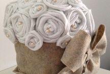 Vaso rivestito e decorato con stoffa di pannolenci / E' stato creato interamente a mano