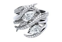 Eternal Love - Inspiration /  As infinite and eternal as your love, journey through our unique diamond engagement rings.