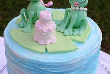 cakes / by Ilona Schneyder
