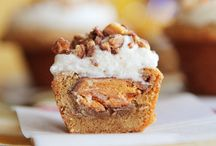 Desserts / by Denise Blackburn