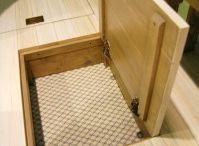 Trap doors / Trap doors