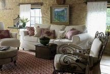 Living Room / by Sarahlee Ziesing