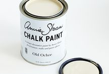 Old Ochre Chalk Paint® decorative paint by Annie Sloan