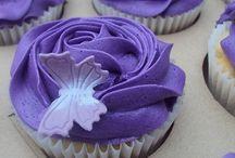 cupcake crazy / by Jasmine Becerra