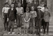1911 factory workers / Scene 1911 - Kasteel van Katoen