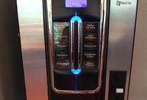 Profi Kaffeevollautomaten / Fikashop.de ist der Profi Kaffeevollautomaten-Anbieter für firmen. Wir stellen und bedienen die Kaffeevollautomaten bei den Kunden. Wir betreuen sie für ihre Kaffeepause am Arbeitsplatz. http://blog.fikashop.de