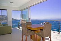Oceans Edge / Villa Fish Hoek is a luxurious 5 bed roomed villa in Fish Hoek that boasts 360 degree panoramic sea views. Allow yourself to be intimate with the ocean and step into paradise.