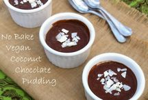 Edible ~ Puddings and Crumbles / by Hailey Jean Flee