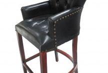 Clubmöbel / Sie möchten Ihre Bar oder Ihr Restaurant neu einrichten? Setzen Sie Designakzente mit den handgefertigten Luxus Möbeln von Casa Padrino.