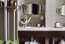 Cabin bathroom / by Holly Bouslough