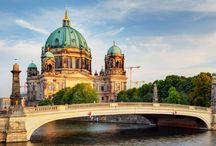 Escorts of Berlin / https://www.sensualradar.com/en/blog/escorts-berlin/