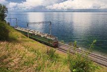 Le Transsibérien ... un monde à part / De Pékin à Moscou, cette formidable aventure le long de la voie ferroviaire la plus longue du monde vous plongera au cœur des plus beaux paysages de la Chine, la Mongolie et la Russie.  Revivez l'épopée dorée des tsars russes partant à la conquête de la Sibérie et de l'Orient.