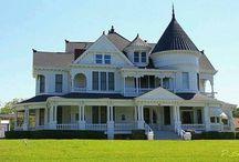 Szép házak / Kertes házak kastélyok.